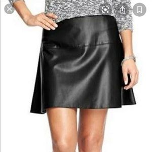 OLD NAVY black faux leather A-line mini skirt